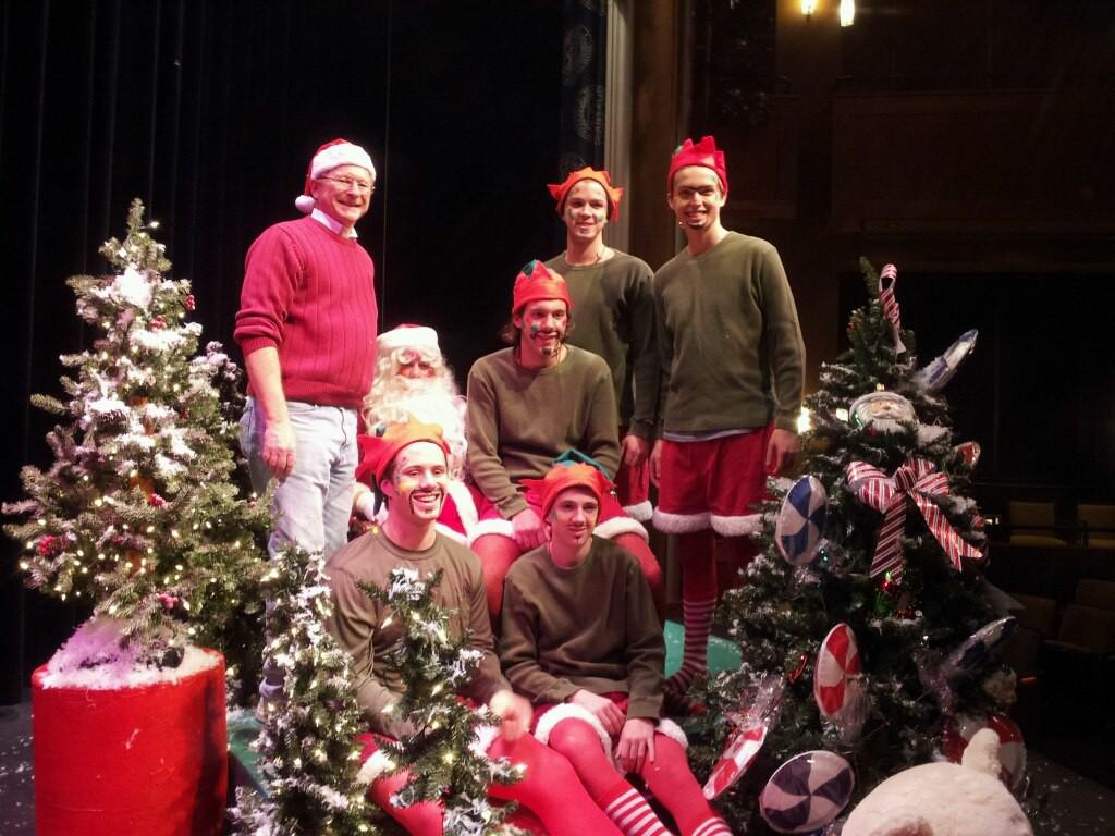 Best+Nest+Christmas+party+unites+community%2C+brings+smiles
