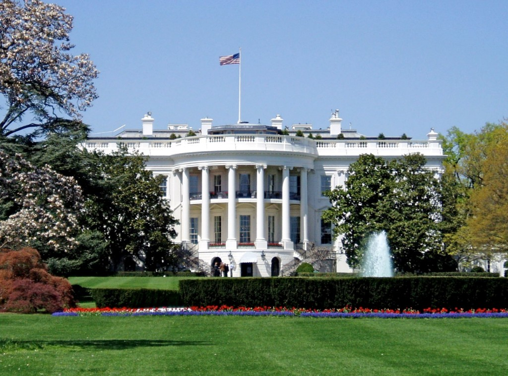 http://aprildryan.com/wp-content/uploads/2013/02/whitehouse_south.jpg for this picture