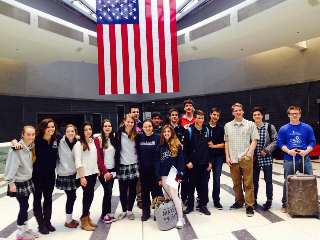 Spanish+exchange+students+meet+their+hosts+from+Malvern+%26+Villa+%2F+Malvern+Exchange