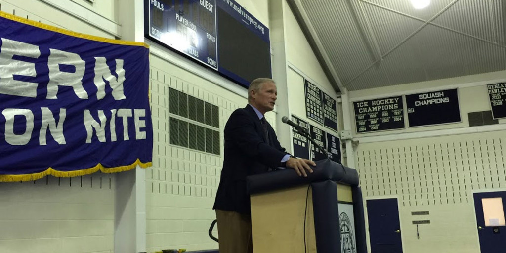 NFL Network Draft Analyst Mike Mayock speaks at Father Son Banquet