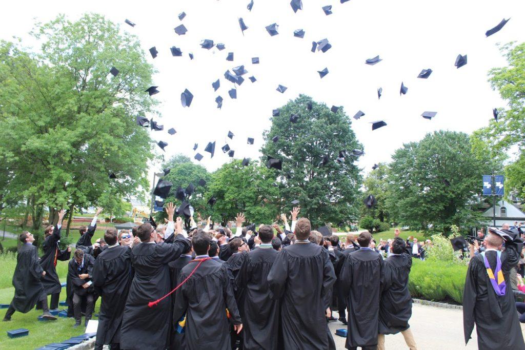 Malvern+graduates+121+members+of+the+class+of+2018